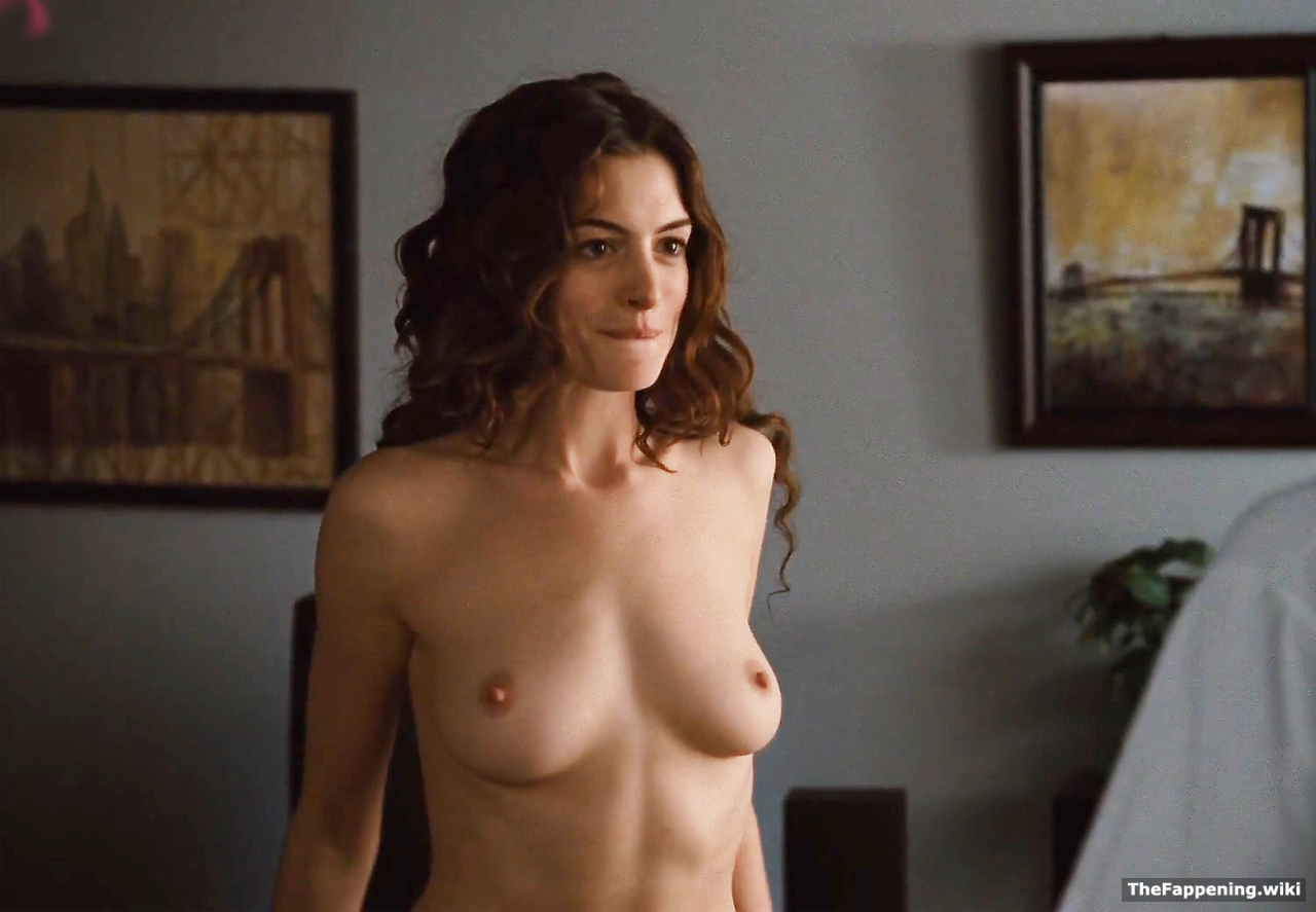 pics nude hathaway anne