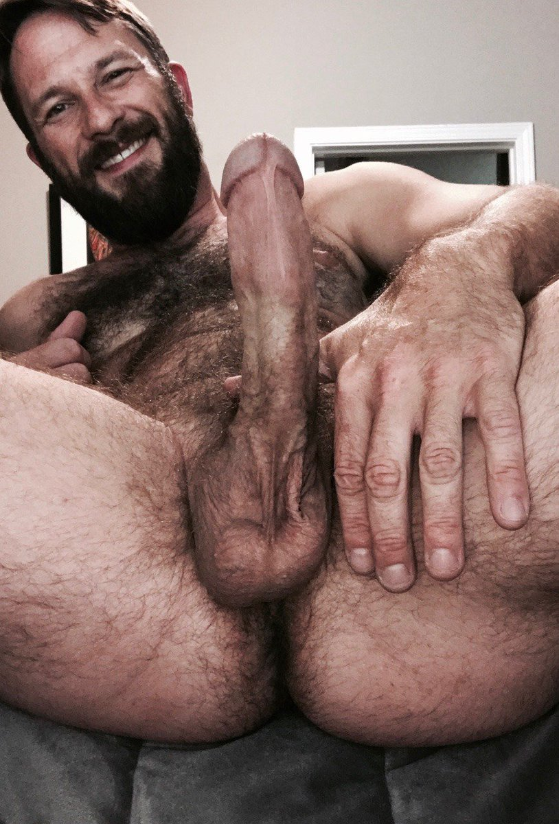 hairy nude daddy